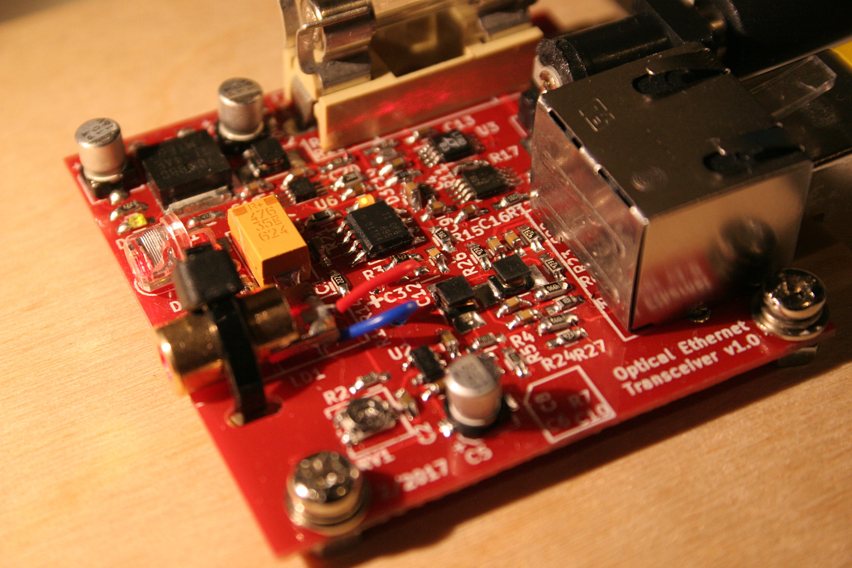 Homemade 10 Mbit S Laser Optical Ethernet Transceiver Linux Fiber Optics And Circuit Board Hd 00 Communications Side View